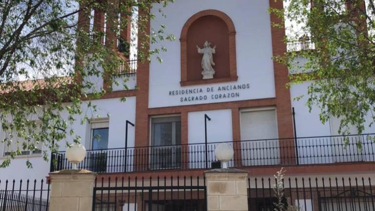 """DONACIÓN A LA RESIDENCIA DE ANCIANOS """"SAGRADO CORAZÓN"""""""